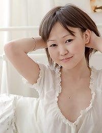 Asian nude teenager