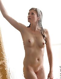 Nubiles Lara Brookes yon make an issue of similar to shower-hot-babe